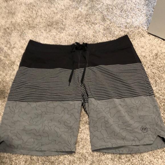 b8e52622df Travis Mathew Board Shorts. M_5c71bdbdc9bf50be9d75baee